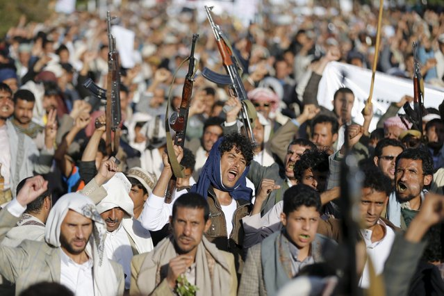 Houthi loyalists shout slogans during a demonstration against Saudi-led strikes in Yemen's capital Sanaa November 20, 2015. (Photo by Khaled Abdullah/Reuters)