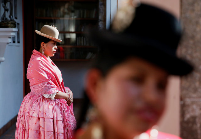 Cholitas (Andean women) are seen at a practice session of Rosario Aguilar fashion model school in La Paz, Bolivia, February 23, 2019. (Photo by David Mercado/Reuters)