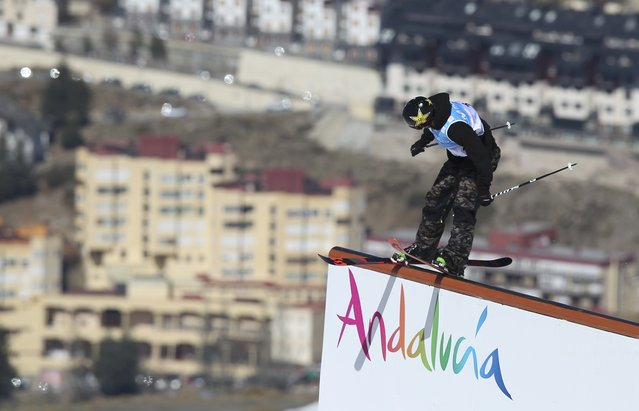 US freestyler, gold medalist Mcrae Williams competes during the men' s SlopeStyle (SS) finals at the FIS Snowboard and Freestyle Ski World Championships 2017 in Sierra Nevada on March 19, 2017. (Photo by Albert Gea/Reuters)