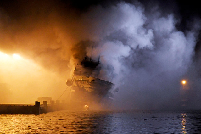 The Russian fishing trawler Bukhta Naezdnik burns in the harbour of Tromso, Norway on September 26, 2019. (Photo by Rune Stoltz Bertinussen/NTB Scanpix via Reuters)