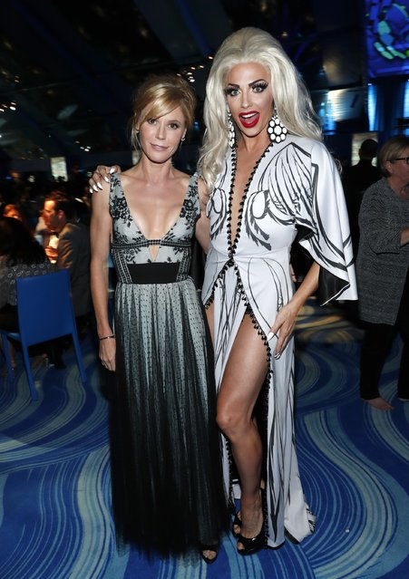 Actress Julie Bowen (L) and performer Alyssa Edwards attend the Los Angeles LGBT Center 47th Anniversary Gala Vanguard Awards at Pacific Design Center on September 24, 2016 in West Hollywood, California. (Photo by Rich Polk/Getty Images for Los Angeles LGBT Center)