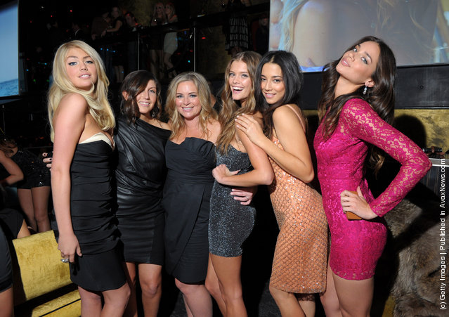 (L-R)  Sports Illustrated Swimsuit Issue cover model Kate Upton, Associate Editor at Sports Illustrated, Darcie Baum, Senior Editor at Sports Illustrated, MJ Day and SI swimsuit models Nina Agdal, Jessica Gomes and Michelle Vawer attend SI Swimsuit