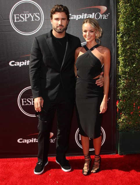 Brody Jenner, left, and Kaitlynn Carter arrive at the ESPY Awards at the Microsoft Theater on Wednesday, July 15, 2015, in Los Angeles. (Photo by Paul A. Hebert/Invision/AP Photo)