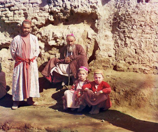 Photos by Sergey Prokudin-Gorsky. Sart types. Russia, Samarkand, 1911