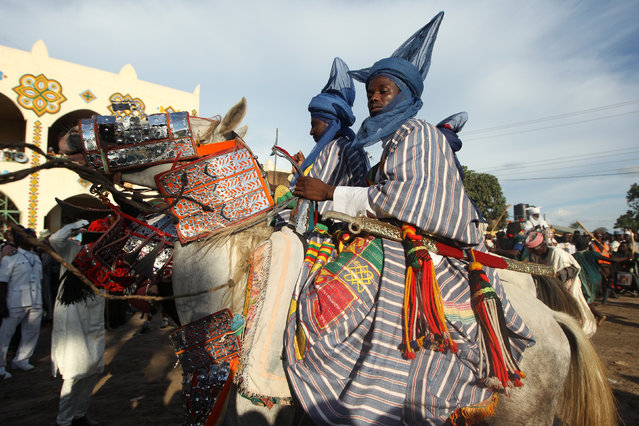 Horsemen take part in the Durbar festival parade in Zaria, Nigeria September 14, 2016. (Photo by Afolabi Sotunde/Reuters)