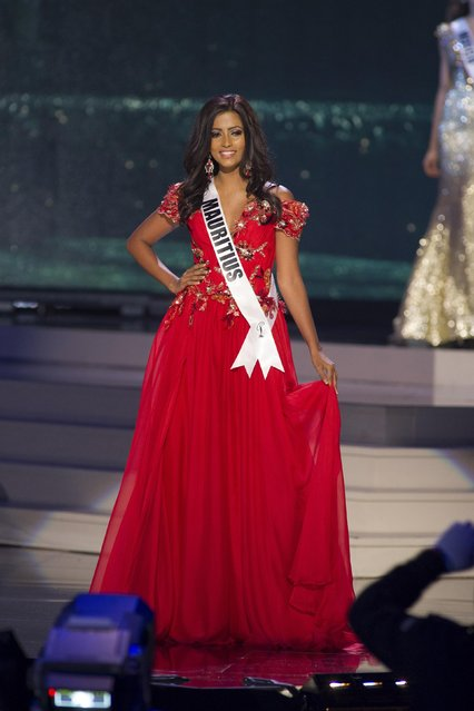 Pallavi Gungaram, Miss Mauritius 2014 competes on stage in her evening gown during the Miss Universe Preliminary Show in Miami, Florida in this January 21, 2015 handout photo. (Photo by Reuters/Miss Universe Organization)