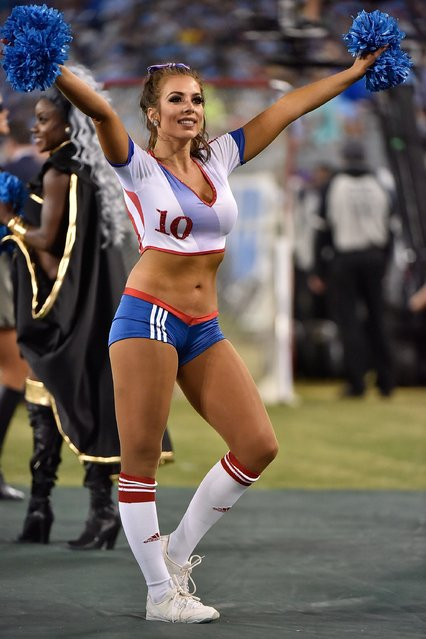 A cheerleader of the Tennessee Titans dances during the second half of a game against the Jacksonville Jaguars at Nissan Stadium on October 27, 2016 in Nashville, Tennessee. (Photo by Frederick Breedon/Getty Images)