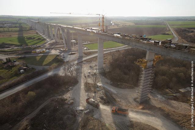 Unstrut Valley high-speed railway bridge near Karsdorf, Germany