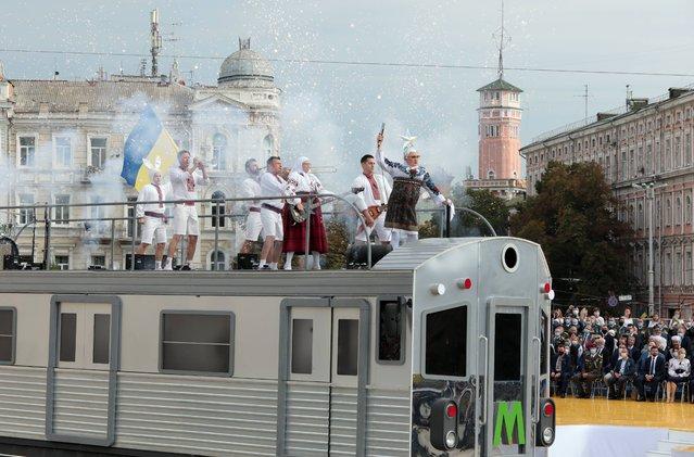 Singer Verka Serduchka (Andrii Danylko) performs on top a platform during the 29th Independence Day celebration in Sofiiska Square, Kyiv, capital of Ukraine on August 24, 2020. (Photo by Hennadii Minchenko/Imago)