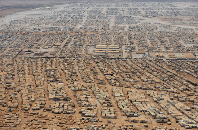 An aerial view shows the Zaatari refugee camp for displaced Syrians, near the Jordanian city of Mafraq. (Photo by Mandel Ngan/Reuters)