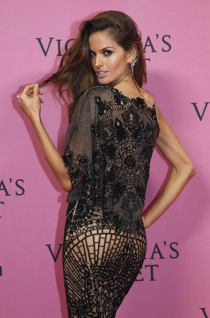 Model Izabel Goulart poses after the 2014 Victoria's Secret Fashion Show in London December 2, 2014. (Photo by Luke MacGregor/Reuters)