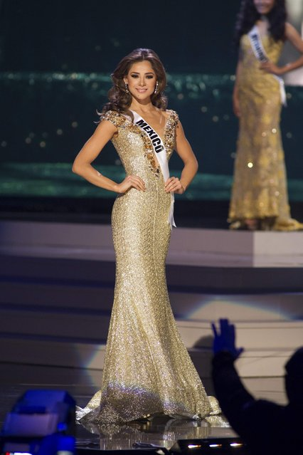 Josselyn A. Garciglia, Miss Mexico 2014 competes on stage in her evening gown during the Miss Universe Preliminary Show in Miami, Florida in this January 21, 2015 handout photo. (Photo by Reuters/Miss Universe Organization)