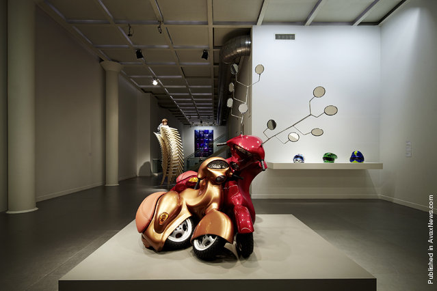 Hold Me Close to Your Heart, 2011 by Patricia Piccinini