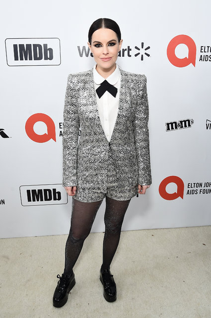 Emily Hampshire attends the 28th Annual Elton John AIDS Foundation Academy Awards Viewing Party sponsored by IMDb, Neuro Drinks and Walmart on February 09, 2020 in West Hollywood, California. (Photo by Jamie McCarthy/Getty Images for EJAF)