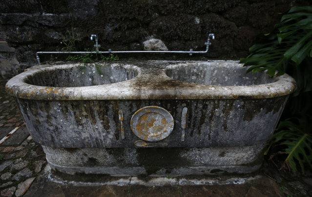 A sink is seen at Monserrate Palace in Sintra October 7, 2014. (Photo by Rafael Marchante/Reuters)