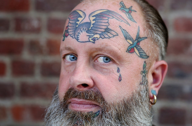 A tattoo enthusiast poses at the International London Tattoo Convention in London, Britain September 23, 2016. (Photo by Neil Hall/Reuters)