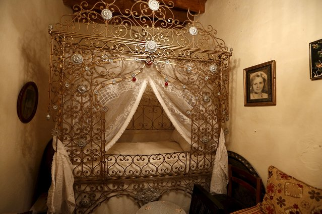 A Moorish baldachin bed is pictured inside a house in the old city of Algiers Al Casbah, Algeria  December 13, 2015. (Photo by Zohra Bensemra/Reuters)