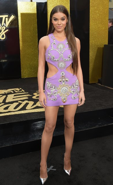 Actor/singer Hailee Steinfeld attends the 2017 MTV Movie And TV Awards at The Shrine Auditorium on May 7, 2017 in Los Angeles, California. (Photo by Matt Winkelmeyer/Getty Images)