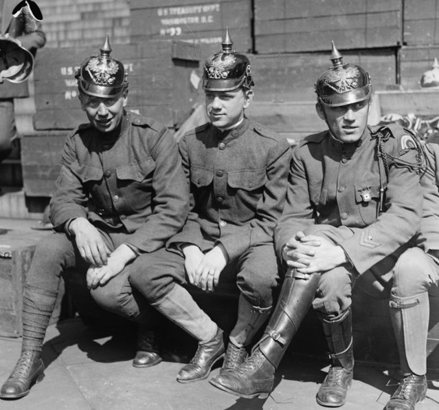 American Soldiers don Prussian Helmets in Liberty Bond Drive, United States, circa 1918. (Photo by Buyenlarge/Getty Images)