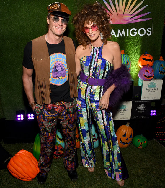 (L-R) Rande Gerber and Cindy Crawford attend the 2019 Casamigos Halloween Party on October 25, 2019 at a private residence in Beverly Hills, California. (Photo by Michael Kovac/Getty Images for Casamigos)