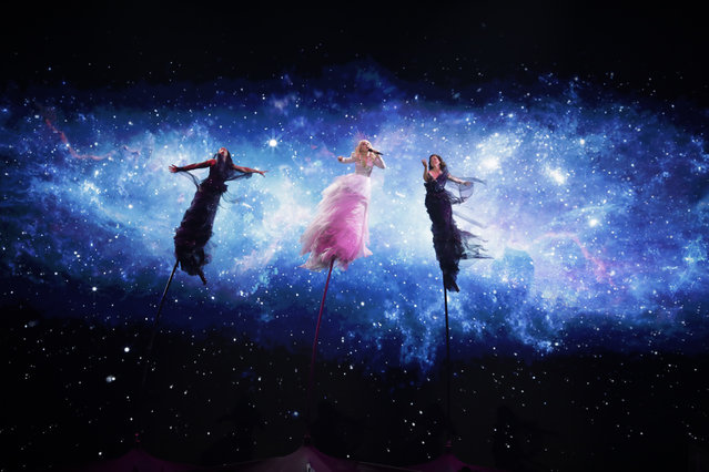 Kate Miller-Heidke of Australia performs during a rehearsal for the 2019 Eurovision Song Contest in Tel Aviv, Israel, Monday May 13, 2019. (Photo by Sebastian Scheiner/AP Photo)