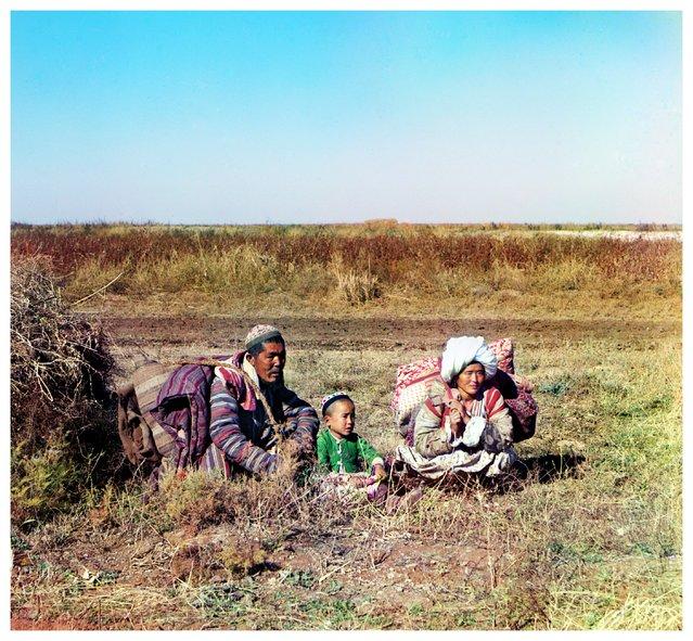 Photos by Sergey Prokudin-Gorsky. Nomadic Kirghiz. Golodnaia Steppe. Russia, Samarkand region, Khujand County, 1911