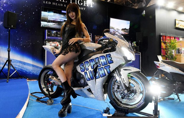 A Honda CBR 1000 RR motorcycle with Swarovski crystals is seen on display at the LED headlight maker Spherelight booth of the Tokyo Auto Salon at the Makuhari Messe in Chiba on January 12, 2018. (Photo by Toshifumi Kitamura/AFP Photo)