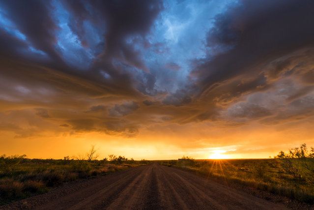 Storm clouds coming in. (Photo by Dennis Oswald/Caters News)