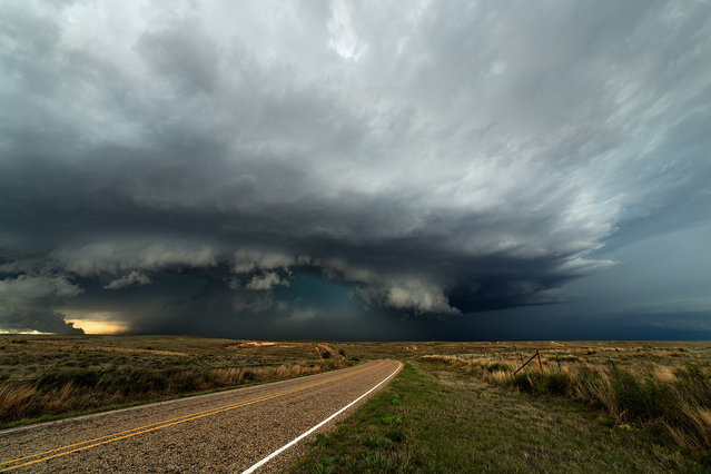 A supercell that spawned a tornado earlier makes it was east north of McLean, Texas  on April 16, 2015 in Texas, United States. (Photo by Mike Olbinski/Barcroft Media)