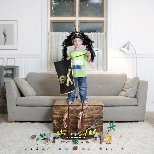 "Mikkel, 5 – Bergen, Norway. ""Toy Stories"" project. (Gabriele Galimberti)"