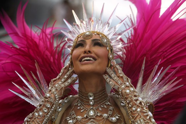 Drum queen Sabrina Sato from the Gavioes da Fiel samba school performs during the second night of the Carnival parade at the Sambadrome in Sao Paulo, Brazil, March 3, 2019. (Photo by Amanda Perobelli/Reuters)