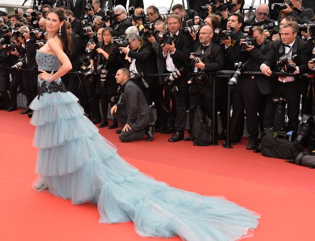 Italian model Bianca Balti poses as she arrives on May 11, 2016 for the opening ceremony of the 69th Cannes Film Festival in Cannes, southern France. (Photo by Alberto Pizzoli/AFP Photo)