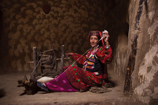 """Afghanistan: """"This is a place where people invite you into their small mud homes and open up their lives to you. It's a very harsh existence but it's all they have ever known and they continue to live as their ancestors did; practicing ancient handicrafts"""". (Photo by Mihaela Noroc/The Guardian)"""