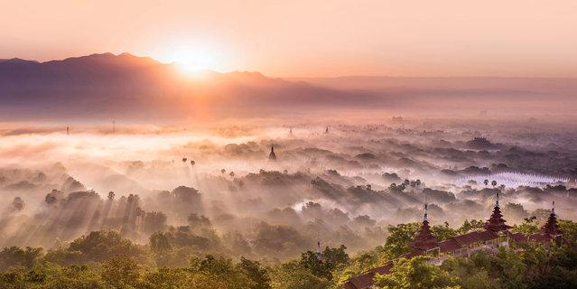 """Unveiled"". Mandalay in Myanmar. (Photo by Amanda Hughes/Epson International Pano Awards 2017)"
