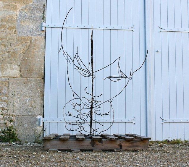 Gavin Worth's Steel Wire Sculptures