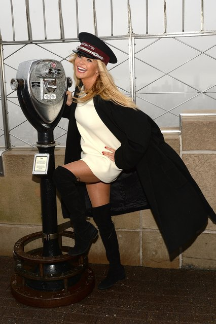 """Christie Brinkley visits The Empire State Building to celebrate """"Give A Smile, Get A Smile"""" Launch at The Empire State Building on December 1, 2015 in New York City. (Photo by Ben Gabbe/Getty Images)"""
