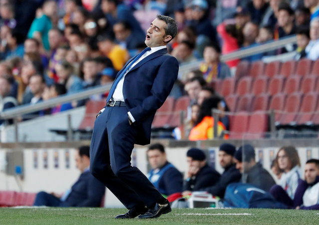 Head coach Ernesto Valverde of FC Barcelona looks on during the La Liga match between FC Barcelona and Getafe CF at Camp Nou on May 12, 2019 in Barcelona, Spain. (Photo by Susana Vera/Reuters)