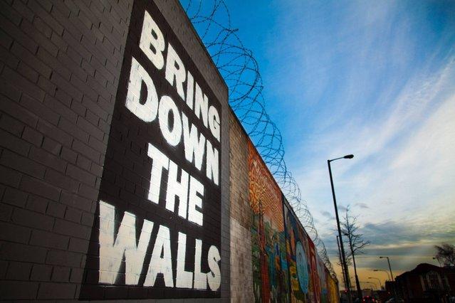 """Bring down the walls"". (Photo by Curtis Irvine/ESRC)"