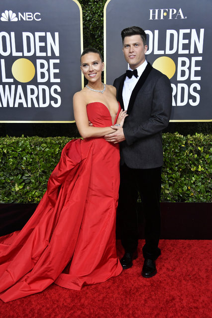 (L-R) Scarlett Johansson and Colin Jost attend the 77th Annual Golden Globe Awards at The Beverly Hilton Hotel on January 05, 2020 in Beverly Hills, California. (Photo by Frazer Harrison/Getty Images)