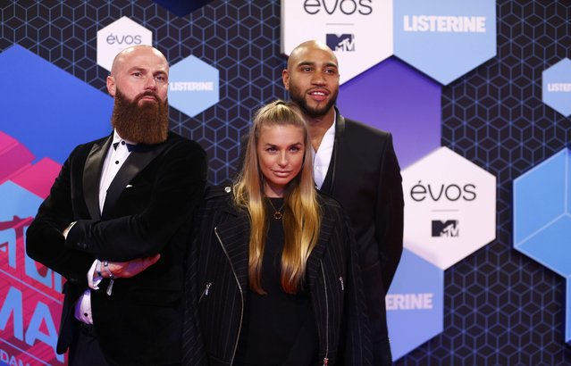 (L to R) Joffrey Breeuwer, Gaby Blaaser and Edson Da Garca of Dutch Ridiculousness attend the 2016 MTV Europe Music Awards at the Ahoy Arena in Rotterdam, Netherlands, November 6, 2016. (Photo by Michael Kooren/Reuters)