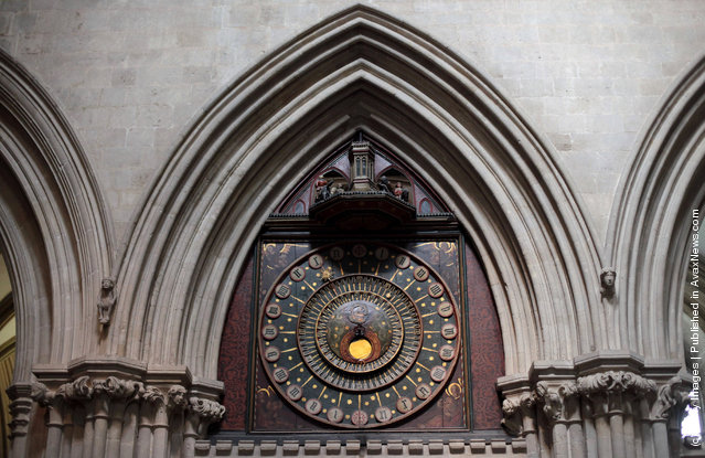Wells Clock – World's Oldest Mechanical Clock