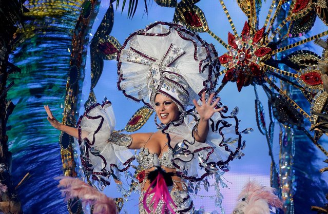 Nominee for Queen of the 2013 Santa Cruz carnival Belen Sepulveda performs on February 26, 2014 in Santa Cruz de Tenerife on the Canary island of Tenerife, Spain. (Photo by Pablo Blazquez Dominguez/Getty Images)