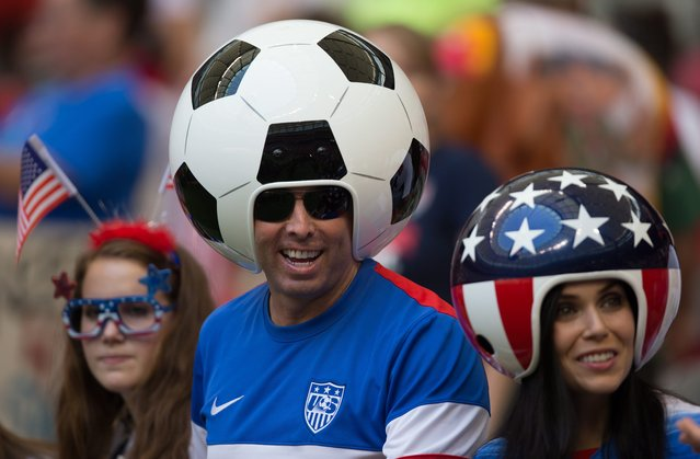 U.S. fans wait for the United States and Japan to play in the FIFA Women's World Cup soccer final in Vancouver, British Columbia, Canada, on Sunday, July 5, 2015.  (Photo by Darryl Dyck/The Canadian Press via AP Photo)