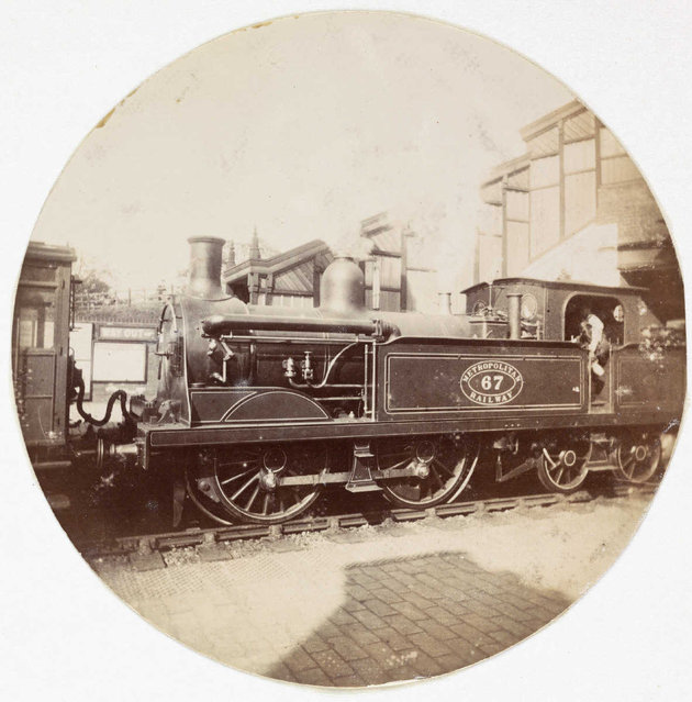 Metropolitan railway steam locomotive, about 1890. (Photo by Collection of National Media Museum/Kodak Museum)