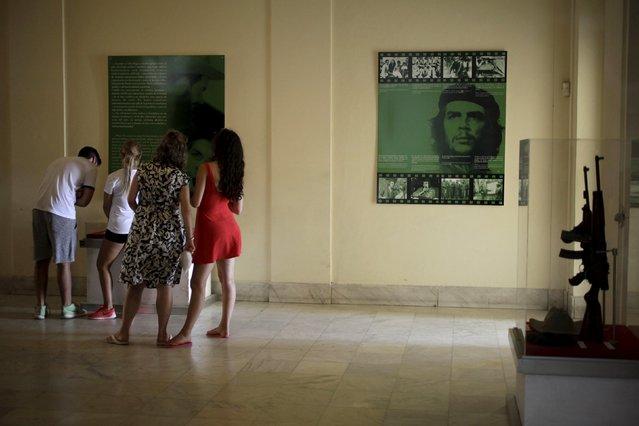 Tourists visit the Museum of the Revolution in Havana July 1, 2015. (Photo by Enrique De La Osa/Reuters)