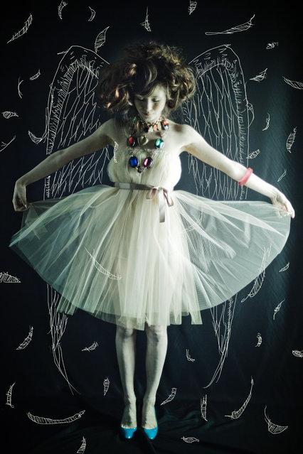 Angela. (Photo by Shinji Watanabe)