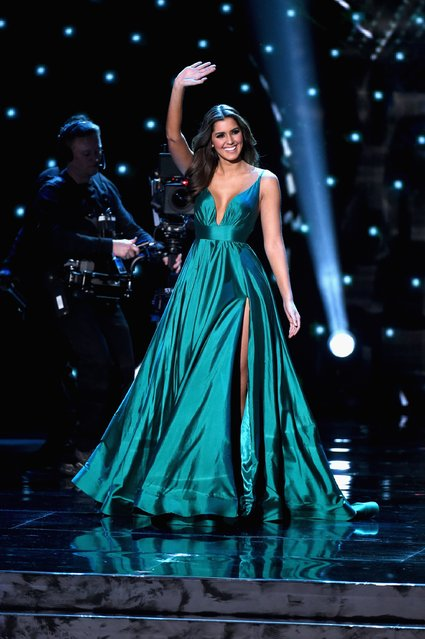 2014 Miss Universe Paulina Vega appears onstage during the 2015  Miss Universe Pageant at The Axis at Planet Hollywood Resort & Casino on December 20, 2015 in Las Vegas, Nevada. (Photo by Ethan Miller/Getty Images)