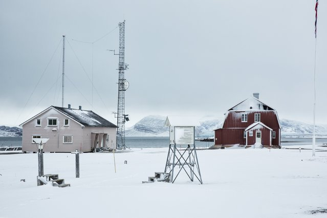 A weather station is seen in Ny Alesund, one of the most northerly settlements in the world, a base for international scientists, Svalbard October 17, 2015. (Photo by Anna Filipova/Reuters)