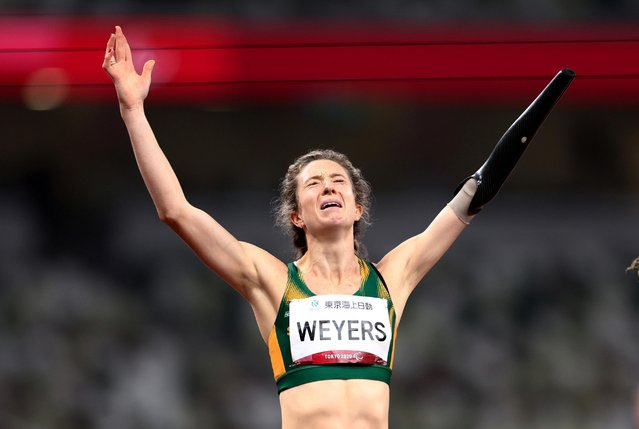Anrune Weyers of Team South Africa celebrates after winning gold in the Women's 400m - T47 Final on day 4 of the Tokyo 2020 Paralympic Games at Olympic Stadium on August 28, 2021 in Tokyo, Japan. (Photo by Lisi Niesner/Reuters)