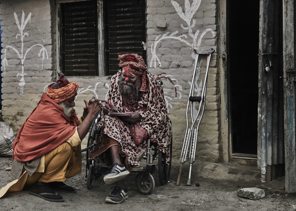 The Mysterious Wandering Holy Men of Nepal